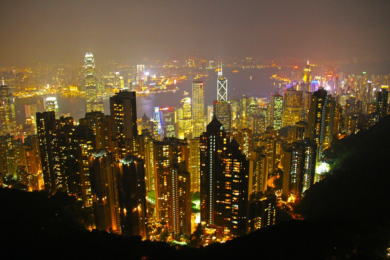 Top Visit and Attractions at The Peak Hong Kong