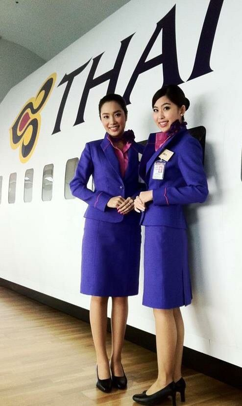 10 airlines with world 39 s best economy class cabin deftnomad for Spa uniform bangkok